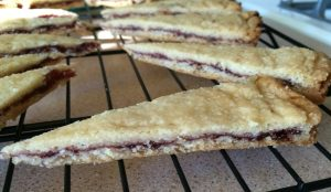 raspberry-filled-shortbread